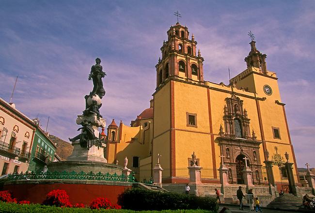 Basilica de Nuestra Senora de Guanajuato in Plaza de la Paz, Guanajuato, Guanajuato State, Central Highlands, Mexico, North America