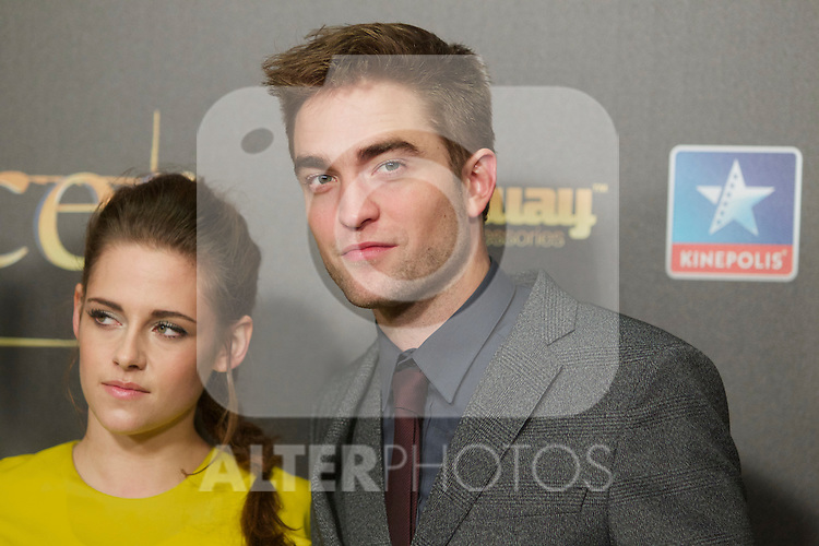 Kristen Stewart and Robert Pattison during the premiere of The Twilight Saga: Breaking Dawn. November 15, 2012. (ALTERPHOTOS/Alvaro Hernández)