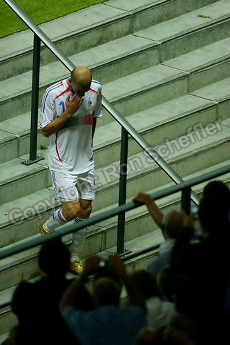 Jul 9, 2006; Berlin, GERMANY; France midfielder (10) Zinedine Zidane walks down the stairs from the field to the dressing room following his red card ejection during extra time against Italy in the final of the 2006 FIFA World Cup at the Olympiastadion, Berlin. Italy defeated France 5-3 on penalty kicks following a 1-1 draw after extra time. Mandatory Credit: Ron Scheffler-US PRESSWIRE Copyright © Ron Scheffler