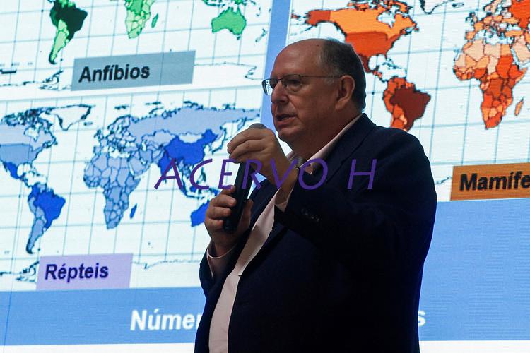 """2017.11.09 - PA - Belém - Brasil: Encontro de Cidades Criativas de Gastronomia - Workshop """" O que a biodiversidade oferece para a gastronomia e o que a gastronomia pode fazer para a biodiversidade. Carlos Alfredo Joly."""