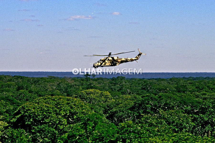 Operações militares durante a guerra de Angola. 1988. Foto de Ricardo Azoury.