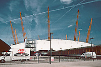 "London:  Millenium Dome, Richard Rodgers Partnership 1999.  ""At the present time...no plausible future.  Photo 2005."