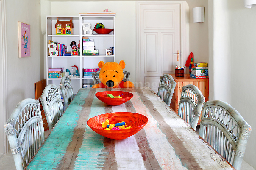 dining room for kids