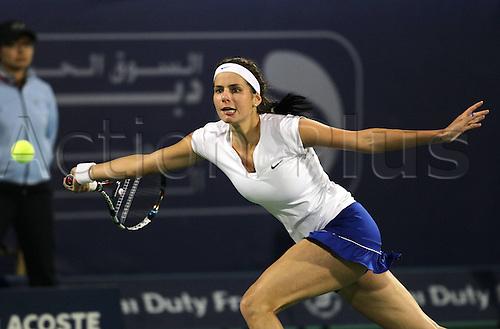 24 02 2012  Dubai Tennis Championships 2012 WTA Tennis Tournament International Series Dubai Tennis stadium, UAE. Juliet Goerges ger