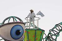 SAO PAULO, SP, 19 DE FEVEREIRO 2012 - CARNAVAL SP - TOM MAIOR - Frank Aguiar.Desfile da escola de samba Tom Maior na segunda noite do Carnaval 2012 de São Paulo, no Sambódromo do Anhembi, na zona norte da cidade, neste domingo. (FOTO: ADRIANO LIMA  - BRAZIL PHOTO PRESS).