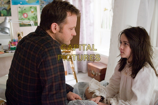 PETER SARSGAARD & ISABELLE FUHRMAN.in Orphan (The Orphan).*Filmstill - Editorial Use Only*.CAP/FB.Supplied by Capital Pictures.