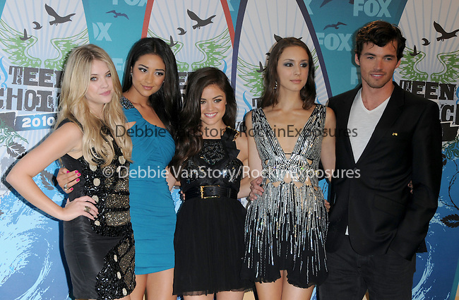 Pretty Little Liars cast at Fox Teen Choice 2010 Awards held at he Universal Ampitheatre in Universal City, California on August 08,2010                                                                                      Copyright 2010 © DVS / RockinExposures