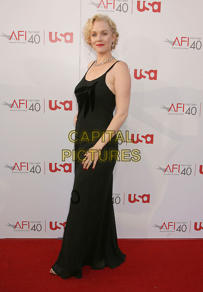 PENELOPE ANN MILLER.35th AFI Life Achievement Award Honoring Al Pacino held at the Kodak Theatre, Hollywood, California, USA..June 7th, 2007.full length black dress .CAP/ADM/RE.©Russ Elliot/AdMedia/Capital Pictures