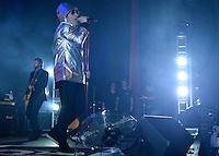 """SÃO PAULO,SP, 26.03.2016 - SHOW-SP - O cantor Paulo Ricardo durante show da turnê de lançamento de seu trabalho mais recente """"Novo Álbum"""", na noite deste sabado (26), no Tom Brasil em São Paulo. (Foto: Levi Bianco / Brazil Photo Press)"""