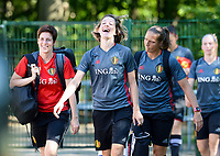 20170717 - RIJEN , NETHERLANDS :  Belgian Imke Courtois (middle) pictured during a training session of the Belgian national women's soccer team Red Flames on the pitch of Rijen , on Tuesday 18 July 2017 in Rijen . The Red Flames are at the Women's European Championship 2017 in the Netherlands. PHOTO SPORTPIX.BE | DAVID CATRY