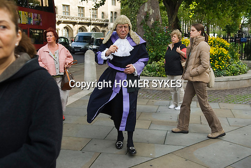 Lord Chancellors Breakfast. Judges walk from Westminster Abbey to the House of Lords. Central London 2006