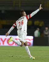BOGOTÁ -COLOMBIA, 18-01-2015. Yerry Ortiz (Izq) jugador de Cortulua celebra su segundo gol anotado al Deportivo Pereira durante partido por la fecha 2 de los cuadrangulares de ascenso Liga Aguila 2015 jugado en el estadio El Campín de la ciudad de Bogotá./ Yerry Ortiz (L) player of Cortulua celebrates his second goal scored to Deportivo Pereira during match for the second date of the promotional quadrangular Aguila League 2015 played at El Campin stadium in Bogotá city. Photo: VizzorImage/ Gabriel Aponte / Staff