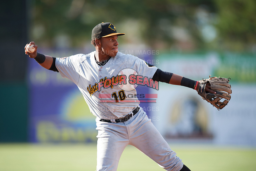 West Virginia Black Bears third baseman Julio De La Cruz (10) throws to first base during a game against the Batavia Muckdogs on June 25, 2017 at Dwyer Stadium in Batavia, New York.  Batavia defeated West Virginia 4-1 in nine innings of a scheduled seven inning game.  (Mike Janes/Four Seam Images)