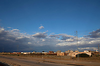 Tunisia, Sidi Bouzid, il dopo rivoluzione. un quariere della citt&agrave;. Case, strada e fili della corrente.<br /> TUNISIA after spring revolution Sidi Bouzid