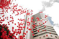 SAO PAULO, SP, 01.12.2014 - DIA MUNDIAL DE LUTA CONTRA A AIDS - Mais de 4 mil balões vermelhos foram soltos no céu da capital paulista, nesta segunda-feira (01), para marcar o Dia Mundial de Luta Contra a Aids. A ação de conscientização simbólica ocorre há 20 anos no Instituto de Infectologia Emílio Ribas, da Secretaria de Estado da Saúde, que é referência internacional para o tratamento de doenças infecciosas. O instituto promove também, nesta segunda, um simpósio que discute o panorama da doença no mundo e as pesquisas que podem levar à cura. (Foto: Kevin David / Brazil Photo Press).