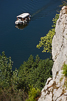 Europe/France/Midi-Pyrénées/46/Lot/Saint-Cirq-Lapopie: la vallée du Lot- Tourisme fluvial