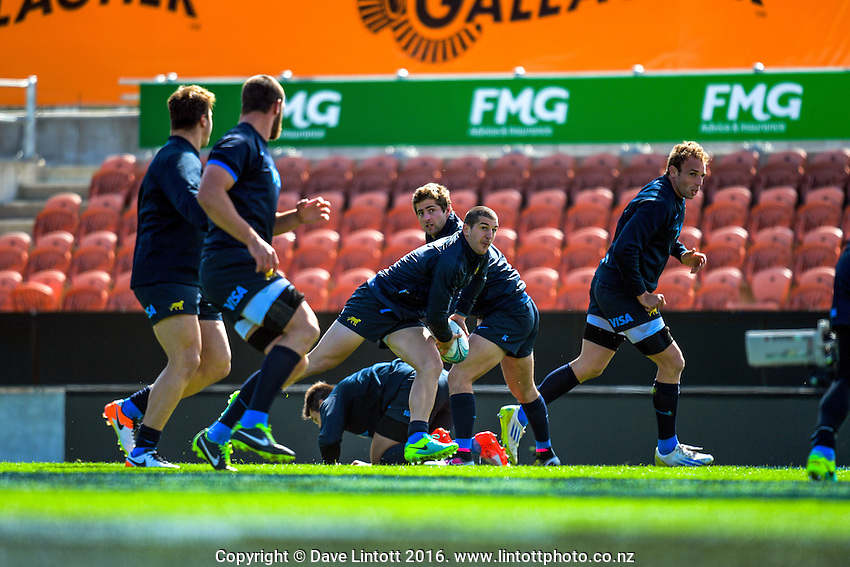 Action from the Argentina Pumas rugby captain's run at Waikato Stadium in Hamilton, New Zealand on Friday, 9 September 2016. Photo: Dave Lintott / lintottphoto.co.nz