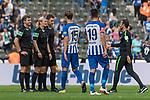 10.09.2017, Olympiastadion, Berlin, GER, 1.FBL, Hertha BSC vs SV Werder Bremen<br /> <br /> im Bild<br /> Thomas Stein (Schiedsrichter-Asstent / SR-A. 2), Bibiana Steinhaus (Schiedsrichterin / referee), Christof G&uuml;nsch (Schiedsrichter-Asstent / SR-A. 1) nach dem Spiel, Alexander Nouri (Trainer SV Werder Bremen), <br /> <br /> Foto &copy; nordphoto / Ewert