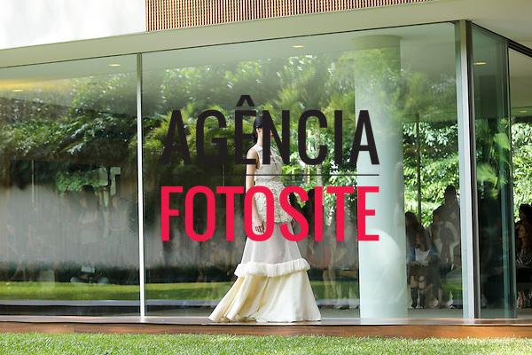 Paula Rais<br /> <br /> S&atilde;o Paulo Fashion Week- Ver&atilde;o 2016<br /> Abril/2015<br /> <br /> foto: Edu Lopes/ Ag&ecirc;ncia Fotosite Paula Raia<br /> <br /> S&atilde;o Paulo Fashion Week- Ver&atilde;o 2016<br /> Abril/2015<br /> <br /> foto: Edu Lopes/ Ag&ecirc;ncia Fotosite