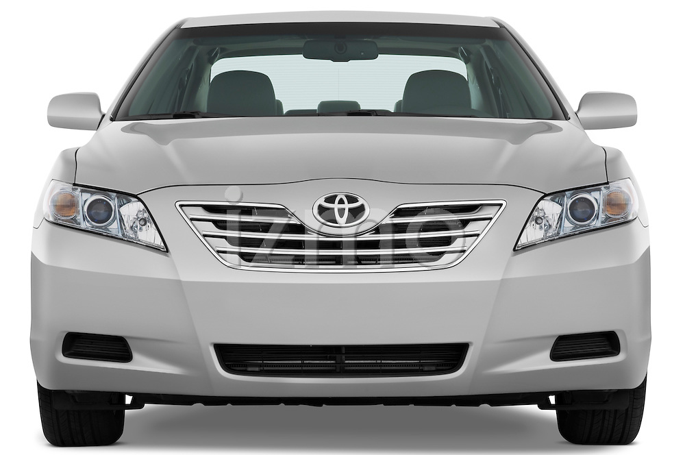 Straight front view of a 2009 Toyota Camry Hybrid