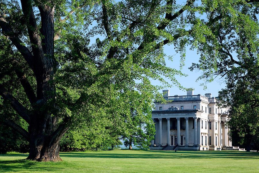 Vanderbilt Mansion and grounds, Vanderbilt Mansion National Historic Site, Hyde Park, Dutchess County, New York, USA