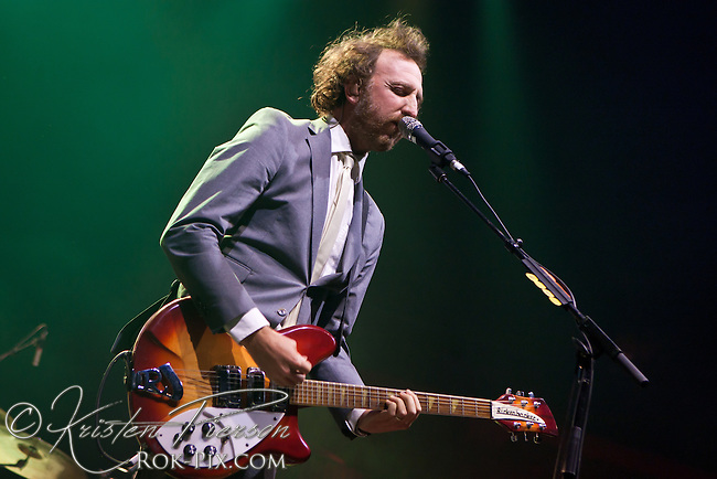 Guster performs at Mohegan Sun Arena July 19, 2013 ©2013