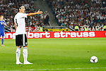 07.09.2012, AWD-Arena, Hannover, Weltmeisterschaft Qualifikation, Deutschland (GER) vs Faeroeer (FR), im Bild Mesut Oezil (8, Deutschland) beim Freistoss<br /> <br /> // during the Worldcup Qualifikation Match Deutschland (GER) vs Faeroeer (FR), AWD-Arena, Hannover, Germany, on 2012/09/07<br /> Foto © nph / Sielski