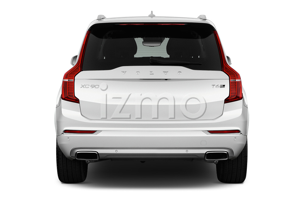 Straight rear view of a 2018 Volvo XC90 Inscription 5 Door SUV stock images