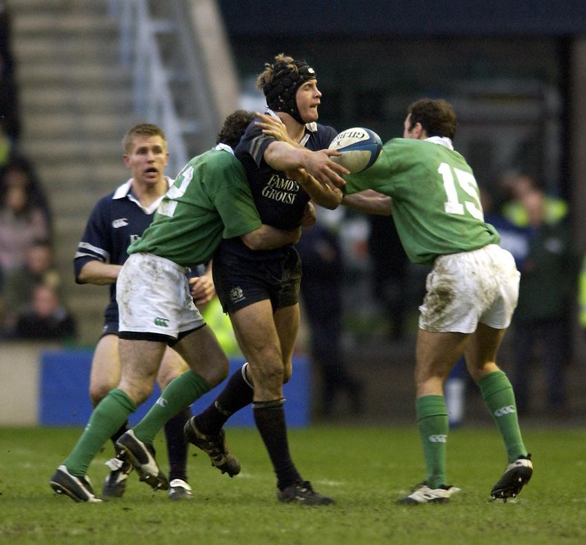 Photo. Jed Wee.Scotland v Ireland, Rugby Union Six Nations Championship, Murrayfield, Edinburgh. 16/02/2003..Scotland's Simon Taylor.