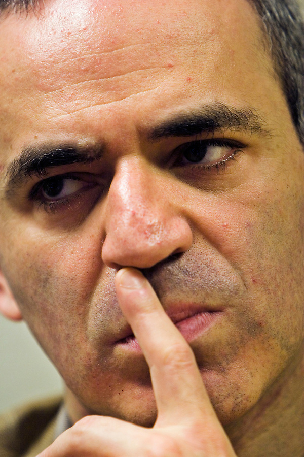 Moscow, Russia, 10/07/2006..Chess Champion Garry Kasparov addressing a press conference on the eve of the Other Russia conference, organised by a range of non governmental and opposition groups to coincide with the forthcoming G8 summit in St Petersburg...