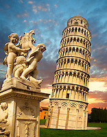 Leaning Tower of Pisa - Piazza  del Miracoli - Pisa - Italy