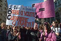 Milano, 8 Marzo 2017, &quot;Non una di meno&quot; giornata di mobilitazione delle donne contro la violenza di genere e per pari opportunit&agrave;.<br /> Milan, March 8, 2017, &quot;Not one less&quot; women's day of action against gender violence and for equal opportunities.