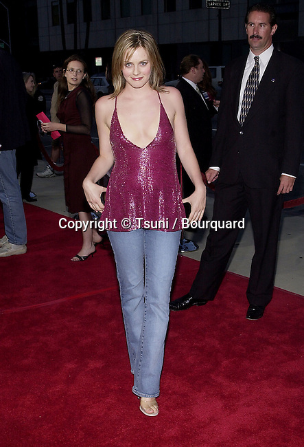 Alicia Silverstone  arriving at the premiere of MOULIN ROUGE at the Academy of Motion Picture in Los Angeles  wednesday 5/16/2001 © TsuniSilverstoneAlicia10.JPG