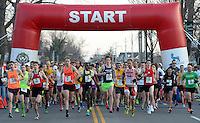 Papa John's 10 Miler 2014<br /> <br /> Photos by Jonathan Roberts<br /> Cool Runnings Photography http://triplecrownofrunningphotos.com