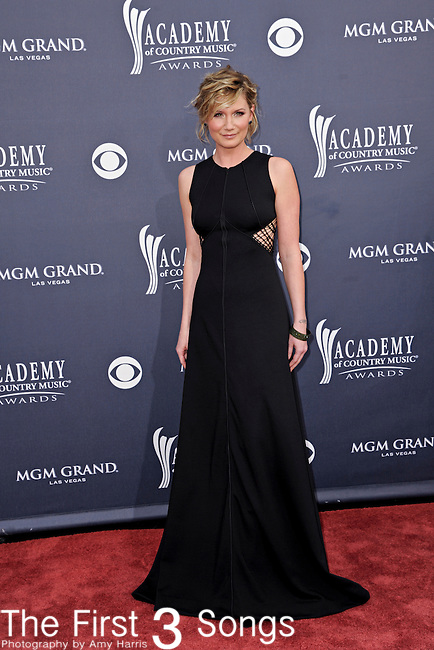 Jennifer Nettles of Sugarland attends the 46th Annual Academy of Country Music Awards in Las Vegas, Nevada on April 3, 2011.