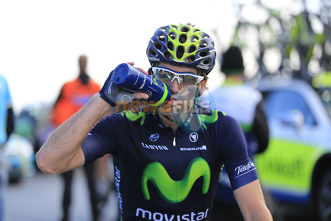 Jon Izaguirre Insausti (ESP) Movistar has had enough at the summit of the 30% gradient climb of Colma di Sormano during the last classic of the season Il Lombardia 2015 running 245km from Bergamo to Como, Italy. 4th October 2015.<br /> Picture: Eoin Clarke | Newsfile