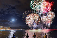 Spectacular Fourth of July fireworks over Diamond Head in Waikiki, O'ahu.