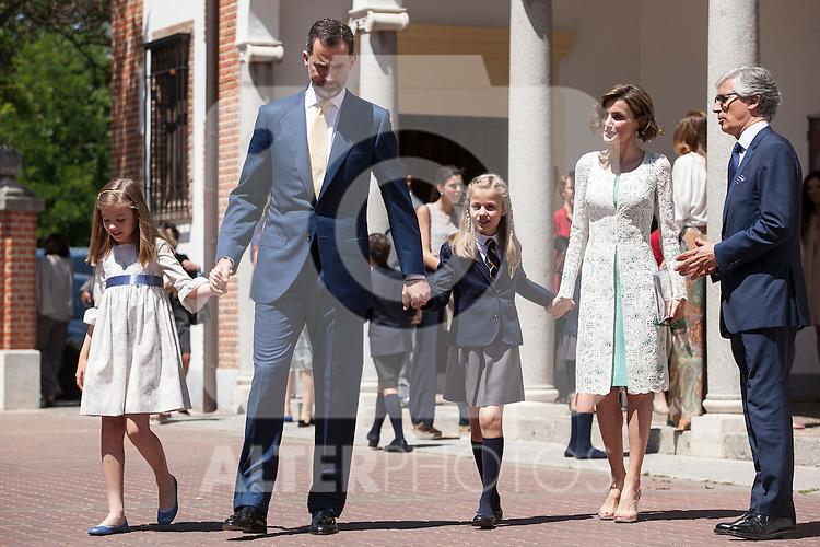 King Felipe VI of Spain, Princess Leonor of Spain, Princess Sofia of Spain and Queen Letizia of Spain leave the Asuncion de Nuestra Senora Church after celebrating the First Communion of the Princess Leonor of Spain in Madrid, Spain. May 20, 2015. (ALTERPHOTOS/Victor Blanco)
