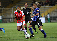 BOGOTÁ- COLOMBIA,17-07-2019:Gabriela Huertas (Izq.) jugadora de Millonarios femenino  disputa el balón con Natalie Melo(Der.) jugadora de Independiente Santa Fe  femenino  durante el 3 partido de la Liga Águila Femenina 2019 jugado en el estadio Metropolitano de Techo de la ciudad de Bogotá. /Gabriela Huertas (L) player of Millonarios fights the ball  against of Natalie Melo(R) player of Independiente Santa Fe during the third match for the Liga Aguila women  2019 played at the Metropolitano de Techo stadium in Bogota city. Photo: VizzorImage / Felipe Caicedo / Staff