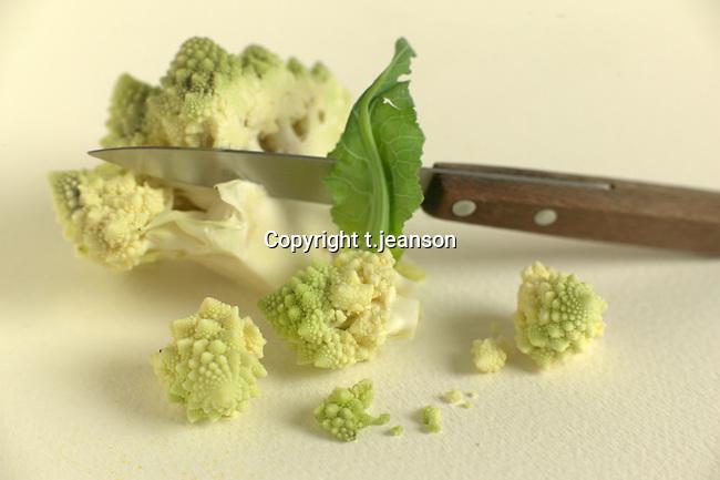 cabbageflower/knife