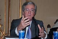S&Atilde;O PAULO-SP-18,08,2014-MINISTRO DO STJ-LUIS FELIPE SALOM&Atilde;O/LAN&Ccedil;AMENTO/&quot;DIREITO PRIVADO-TEORIA E PR&Aacute;TICA&quot;-<br /> Roberto Rosa durante o lan&ccedil;amento do livro &quot;Direito Privado-Teoria e Pr&aacute;tica,na Faculdade de Direito da USP,Largo S&atilde;o Franscisco na regi&atilde;o central da cidade de S&atilde;o Paulo,nessa segunda,18 (Foto:Kevin David/Brazil Photo Press)
