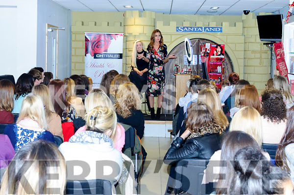 Blogger and former model Tara O'Farrell was in Tralee on Saturday to give a makeup masterclass to some of her fans. The event took place in CH Chemists with Tara showcasing the Rimmel London, Max Factor & Bourjois Paris makeup ranges. Tara gave plenty of fantastic tips & tricks to get us ready for the Christmas party season.