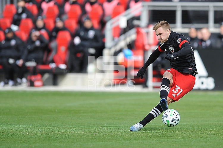 WASHINTON, DC - FEBRUARY 29: Washington, D.C. - February 29, 2020: Julian Gressel  #31 of D.C. United during a game between D.C. United and Colorado Rapids. The Colorado Rapids defeated D.C. United 2-1 during their Major League Soccer (MLS)  match at Audi Field during a game between Colorado Rapids and D.C. United at Audi FIeld on February 29, 2020 in Washinton, DC.