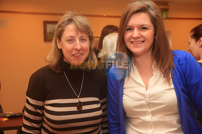 Siobhan Duff and Clare Duffy at the Coffee morning and cake sale in aid of Termonfeckin school organised by parents committee<br /> Picture: Fran Caffrey www.newsfile.ie