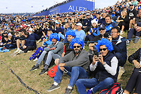 Huge crowds surround the 9th green during Friday's Fourball Matches at the 2018 Ryder Cup, Le Golf National, Iles-de-France, France. 28/09/2018.<br /> Picture Eoin Clarke / Golffile.ie<br /> <br /> All photo usage must carry mandatory copyright credit (© Golffile | Eoin Clarke)