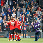 Rangers players celebrate at the end