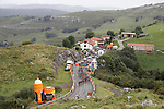 The peloton in action during Stage 17 of the 2017 La Vuelta, running 180.5km from Villadiego to Los Machucos. Monumento Vaca Pasiega, Spain. 6th September 2017.<br /> Picture: Unipublic/&copy;photogomezsport   Cyclefile<br /> <br /> <br /> All photos usage must carry mandatory copyright credit (&copy; Cyclefile   Unipublic/&copy;photogomezsport)