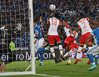 BOGOTÁ- COLOMBIA, 13-12-2017: Matias d e los Santosjugador de Millonarios  convierte  un gol al  Independiente Santa Fe  , durante  el primer partido por la final ida de la Liga Aguila 2017  entre Millonarios y el Independiente Santa Fe, jugado en el estadio Nemesio Camacho El Campín de la ciudad de Bogotá. /Matias de los Santos player of Millonarios  scores a goal to Independiente Santa Fe during firts match of the final round of the Aguila League 2017 between Millonarios  and Independiente Santa Fe , played at the Nemesio Camacho El Campin stadium of the  Bogota city: Vizzorimage / Felipe Caicedo / Staff