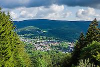 Germany, Thuringia, near Zella-Mehlis: view at district Goldlauter | Deutschland, Thueringen, bei Zella-Mehlis: Blick auf den Ortsteil Goldlauter
