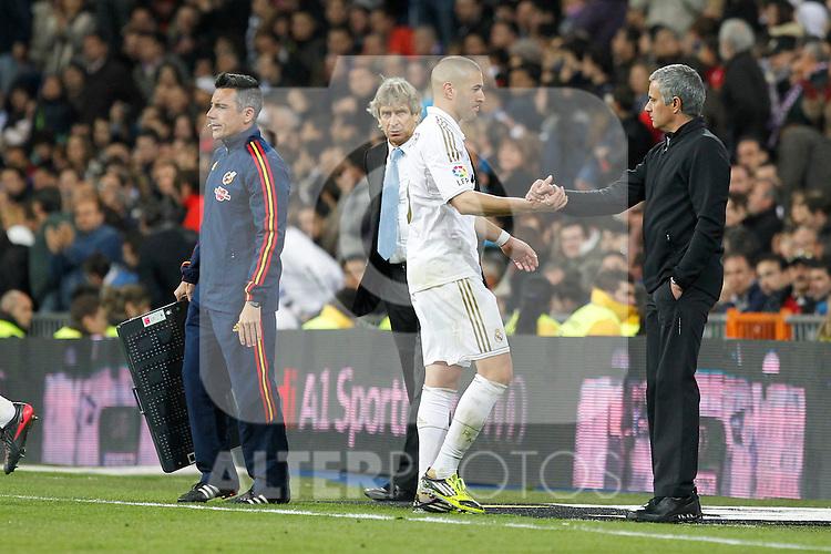 Real Madrid's Karim Benzema and Jose Mourinho during la Liga match on march 18th 2012...Photo: Alex Cid-Fuentes / ALFAQUI